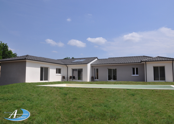 Maison en U Dordogne