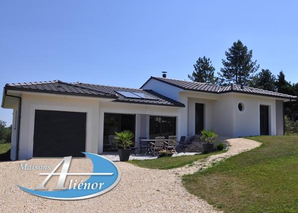 Constructeur maisons alienor Dordogne