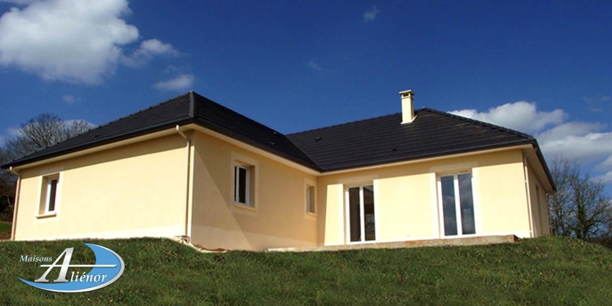 maison urgent a vendre ussac_maison a vendre brive_maison avec terrain sur sous sol a vendre ussac_maison av ussac
