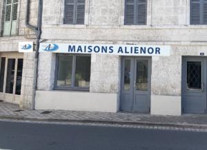 Agence Brantôme-constructeur-de-maisons-individuelles-maisons-aliénor