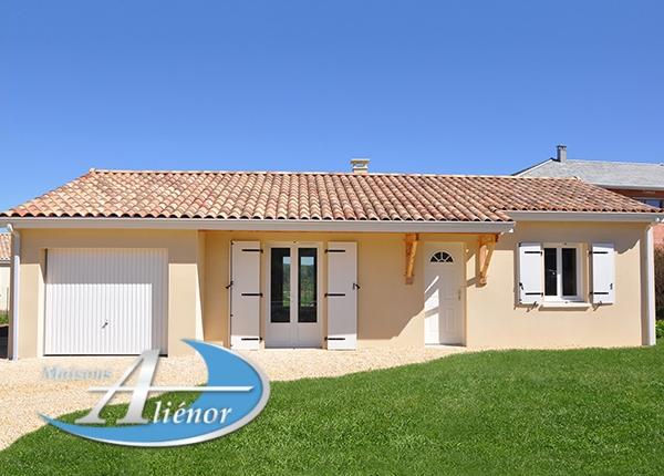 Maisons-alienor-realisée-a-Souillac-46-construction-traditionelle