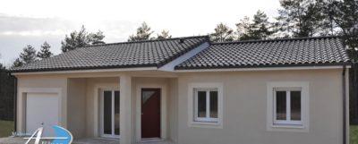 Maison traditionnelle de 80 m² , 3 chambres avec placard et garage. Tous les réseaux en limite de parcelle. Bornage effectué. CU positif