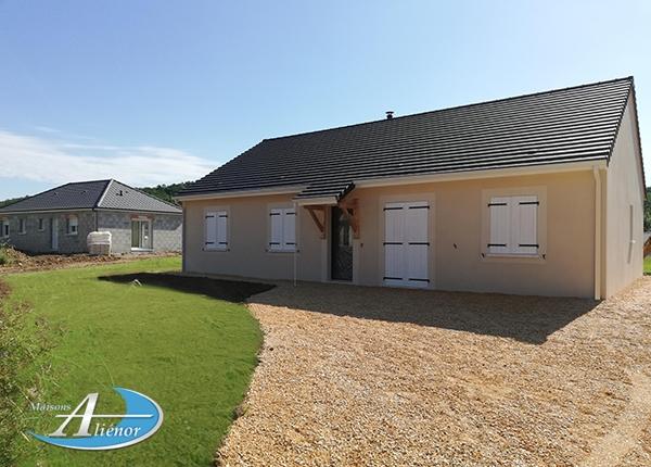 Maison réalisée à Brignac la Plaine (19)