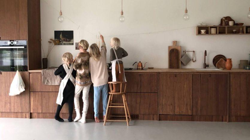 preferer-des-meubles-bas-pour-avoir-tous-les-elements-a-la-portee-de-lenfant