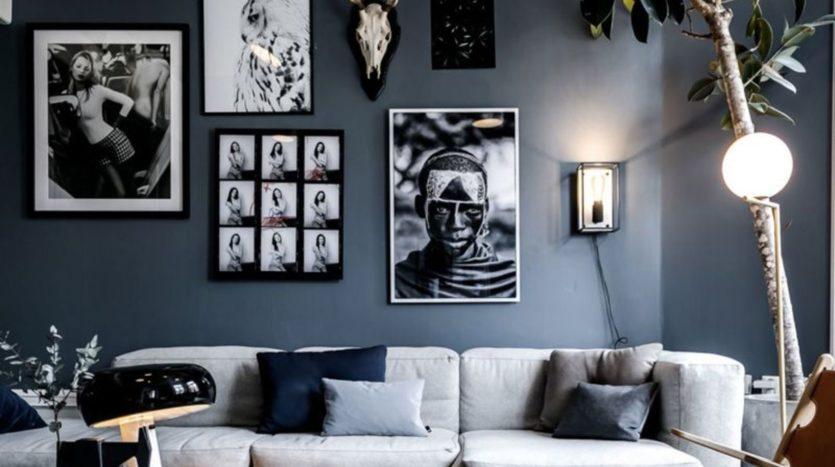 un-bleu-gris-enveloppe-un-salon-scandinave-revisite-maisons-aliénor-périgord-constructeur-maisons-individuelles