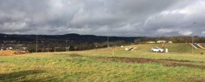 Je propose ce terrain au prix de 45 000 euros, avec tout a l egout er compteurs eau - edf - gaz - référence annonce : BOMJ12